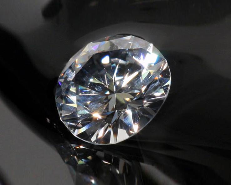 Как выглядит бриллиант фото